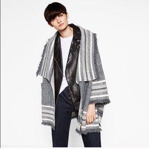 NWT Zara frayed jacquard grey sweater cardigan M